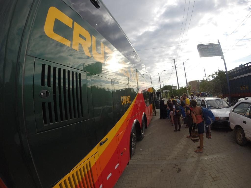 Cruz del Sur, Mancora, Peru